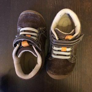 Stride rite Daniel sneaker size 7.5
